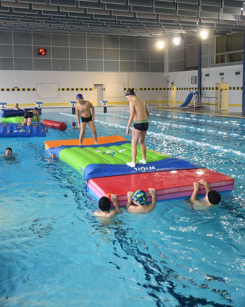 La piscine ville de v lizy villacoublay for Piscine clamart